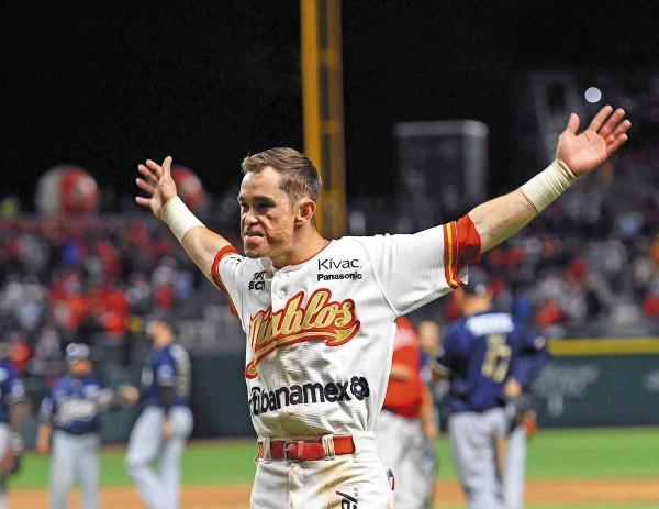 PIEZA CLAVE. El outfielder Carlos Figueroa estuvo muy activo ante los quintanarroenses. Foto: Diablos Rojos