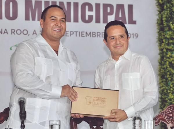 VOLUNTAD. Juan Carrillo, de Isla Mujeres, resaltó el respaldo del gobierno estatal. Foto: Especial.