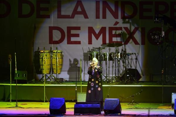 Eugenia_León