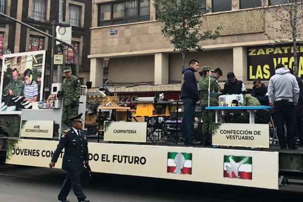 Desfile_militar_16_Septiembre_independencia_de_mexico_en_vivo