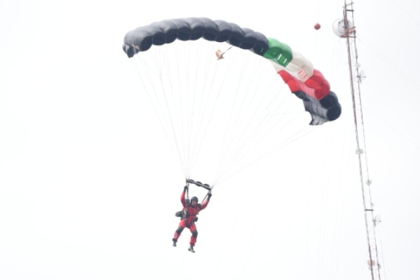 Paracaidista_Desfile