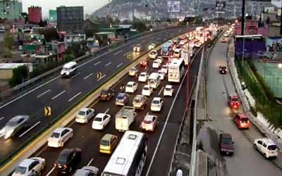 Indios_Verdes_tránsito_ México_Pachuca_completamente_detenida