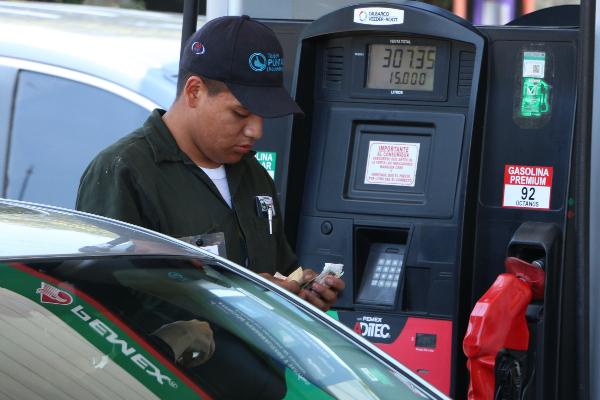 Arabia Saudita, impacto economía mexicana, gasolina, Óscar Sandoval,