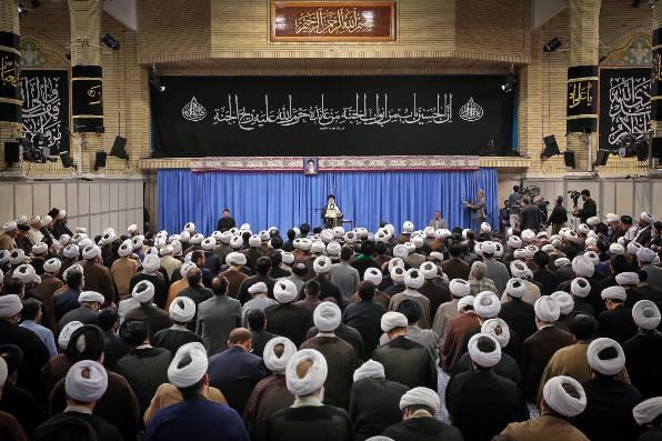 NEGATIVA. El líder supremo de Irán, el ayatola Ali Jamenei, cerró la puerta al diálogo con Estados Unidos. Foto: AFP