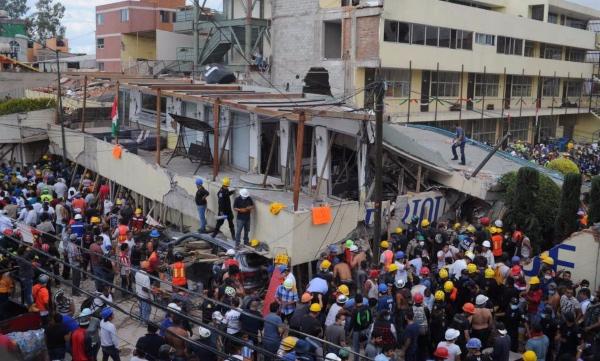 Frida_Monchito_niño _fantasma_terremoto_México