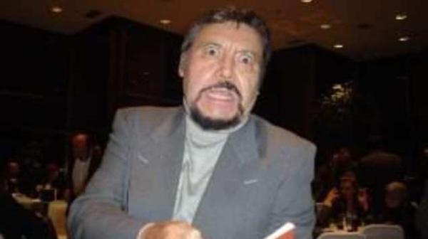 Muere Flavio imitador stand up México