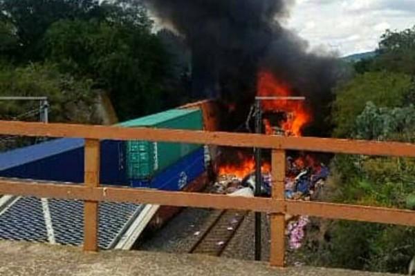 La cadena reportó un total de ocho lesionados tras el choque en Nopala, Hidalgo. Foto: Twitter