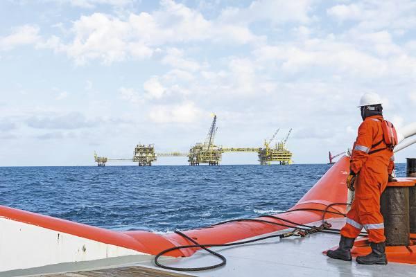 Dos de los pozos con hidrocarburos fueron encontrados en campos terrestres  convencionales. Foto: Especial.