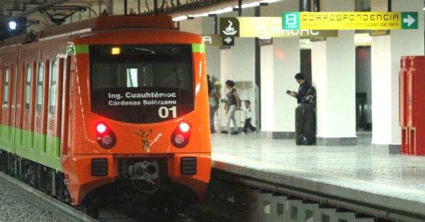 Se retiró un tren para la revisión del mecanismo de cierre de puertas en la Línea 12. FOTO: Basta