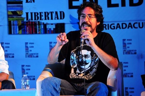 Pedro Salmerón causa polémica en redes. Foto: Cuartoscuro