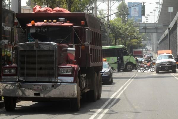 camion_carga_restriccion_centro_historico_cdmx