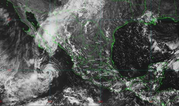 La tormenta tropical Mario se mantiene al sur de Baja California Sur sin representar riesgo para México, pues continúa debilitándose. Foto: Especial