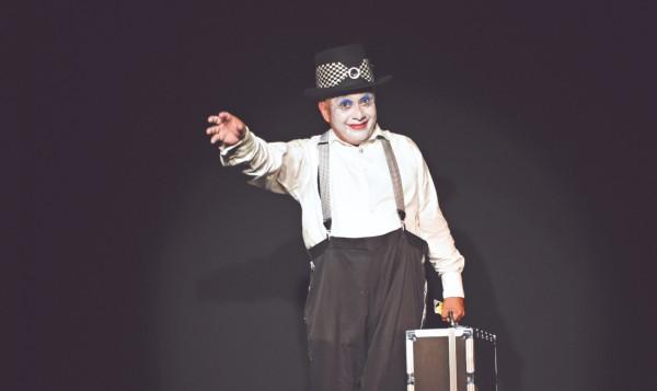 FINAL. El encuentro cierra con el espectáculo Más allá de las palabras, en el Teatro Tereza Montoya. Foto: Especial