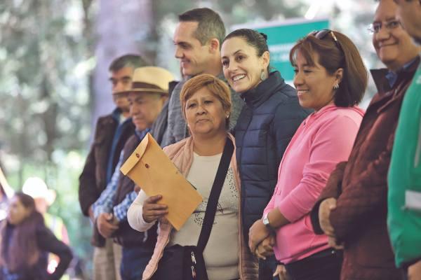 REFORESTACIÓN. La jefa de Gobierno, Claudia Sheinbaum, visitó ayer la alcaldía Cuajimalpa. Foto: Víctor Gahbler.