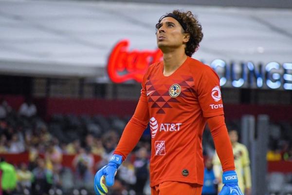 El portero mexicano recibió dos goles ante el Querétaro. Foto: @yosoy8a