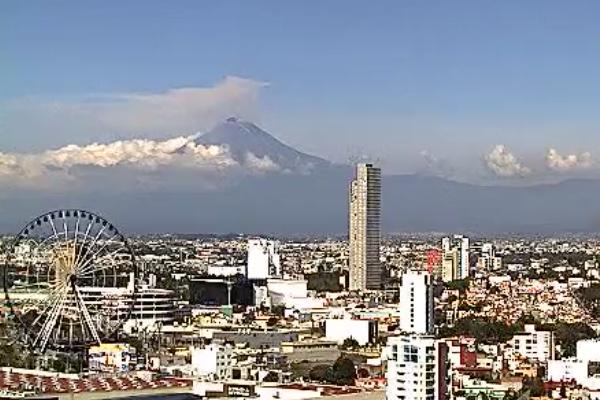Volcan_popocatepetl_fumarolas_material_incandescente_actividad