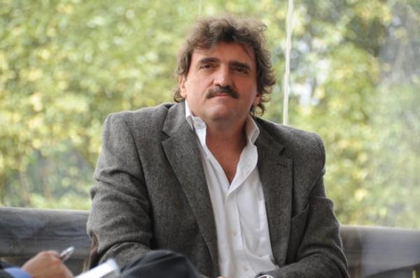 """El escritor mexicano, Enrique Serna, autor de obras como """"El seductor de la patria"""", """"El orgasmografo"""", """"Sangre Erguida"""", entre otras novelas. FOTO: ESPECIAL"""