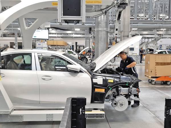 La planta tiene una banda transportadora de vehículos de 7.9 kilómetros. Foto: José Arteaga.