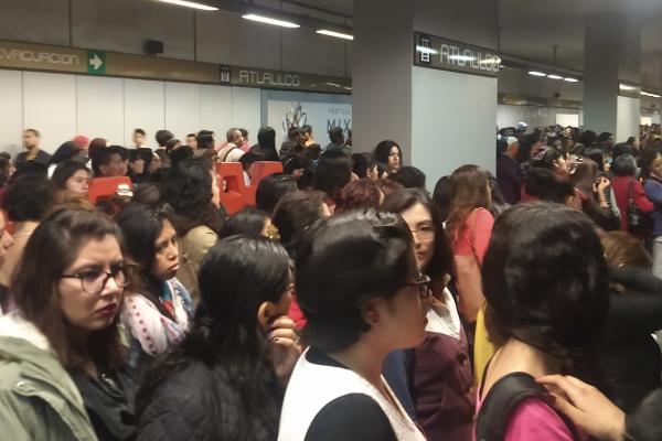 Linea_12_del_metro_retrasos