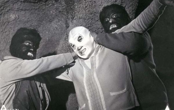 En la muestra se exhibe la credencial de El Santo, emitida en 1965 por la Asociación Nacional de Actores. FOTO: Especial