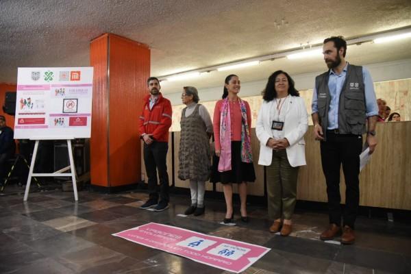 Durante la presentación de la campaña estuvieron presentes Claudia Sheinbaum, Roberto Capuano, Gabriela Rodríguez, Florencia Serranía y Andrés Lajous. Foto: Daniel Ojeda