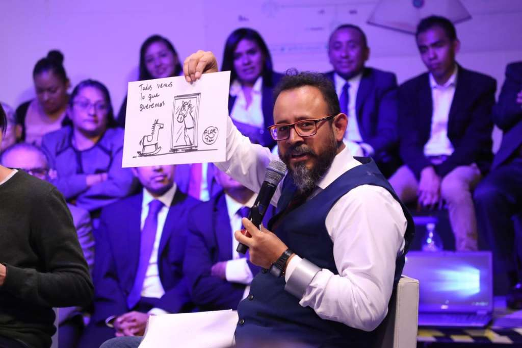 En redes sociales se reciben todo tipo de amenazas, afirma el caricaturista Alarcón. Foto: Especial