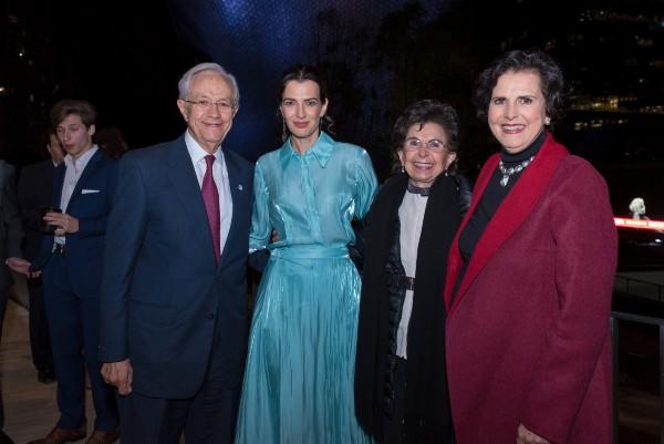 POR LOS NIÑOS. Alberto Torres, Aline Bortoloti, Amalia García y Tessie Picazo. Foto: Cortesía