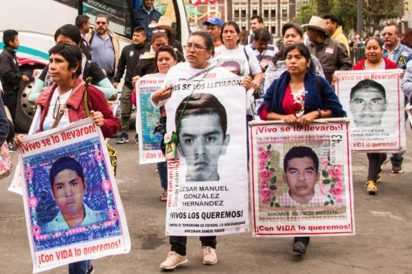 Ayotzinapa 5 años justicia claudia sheinbaum