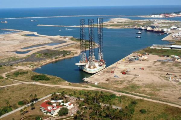 La construcción se realiza en el municipio Paraíso, Tabasco. Foto: Especial.