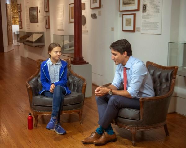 LIDERESA. Greta Thunberg fue recibida por el premier Justin Trudeau en Montreal, Canadá. Foto: AP