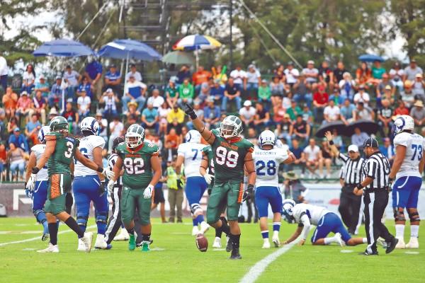 DOMINANTES. Los locales mantuvieron el invicto en la presente temporada; van con récord de 5-0. Foto: Víctor Gahbler