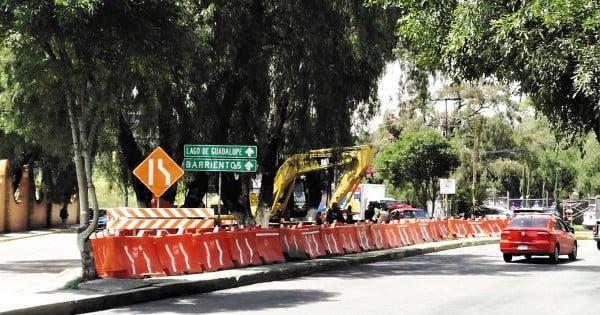 UN PUENTE QUE DESUNE.  Los vecinos dicen que el puente busca facilitar la construcción de un conjunto habitacional. Foto: Leticia Ríos