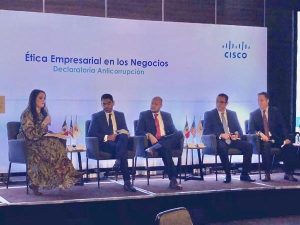 Panel sobre la tecnología en pro de la ética y combate a la corrupción. Foto: Especial
