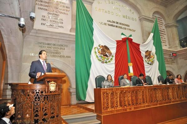 CITA. Rodrigo Jarque compareció ante el Congreso local, como parte de la glosa del Informe. Foto: Especial