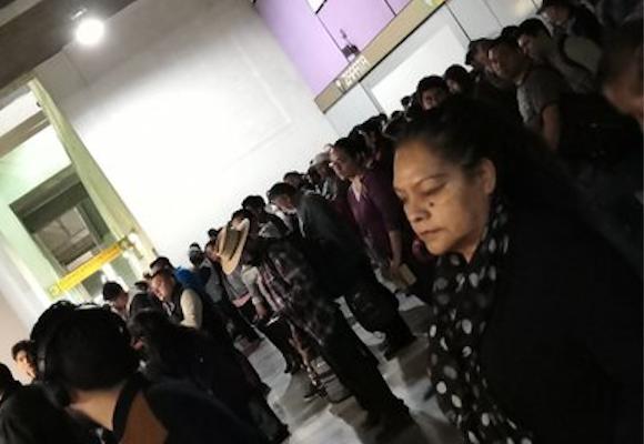 Linea 12 Metro CDMX retrasos