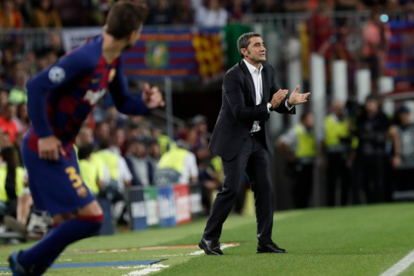 Ernesto Valverde no es grato para la afición del Barcelona. AP