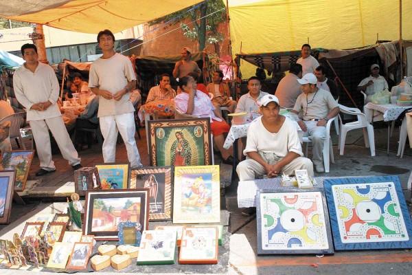 INTERIOR. Actualmente los reos de cárceles capitalinas realizan trabajos artesanales por los cuales perciben un ingreso. Foto: Cuartoscuro