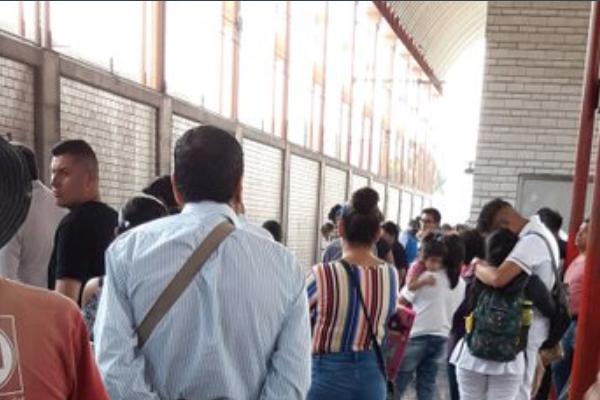 Linea A del Metro hay retrasos