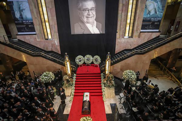 Homenaje a Miguel León Portilla
