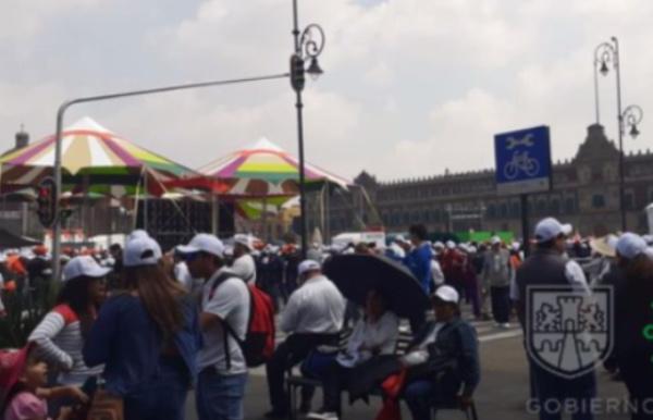 Se encuentran cerrados los accesos a la plancha del Zócalo. FOTO: Especial