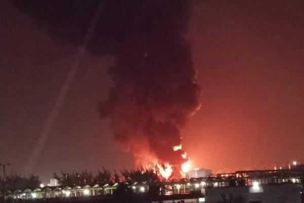 Pajaritos incendio complejo maritimo de pemex