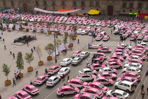 Se prevé que los taxistas comenzarán con bloqueos en la ciudad a partir de las 5:00 de la mañana. Foto: Cuartoscuro
