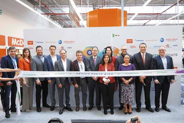 CONSUMO. Las empresas minoristas lanzaron la iniciativa para cuidar la nutrición en México. Foto: Especial.