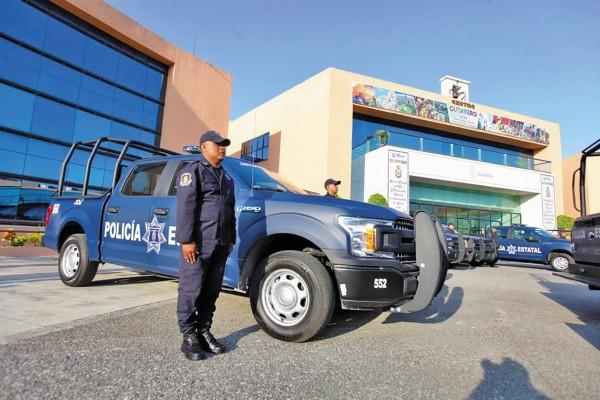 CORAZA POLICIAL. Vehículos y aditamentos conseguirán la paz: Portillo. Foto: Especial