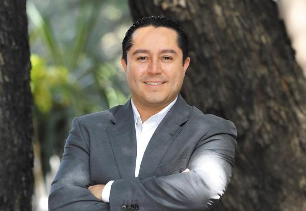 INNOVACIÓN. Rafael Fragoso dijo que el siguiente paso es contratar crédito de nómina. Foto: Pablo Salazar