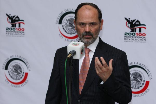 Gustavo Madero señala que Medina Mora debió explicar las causas de su renuncia a la SCJN