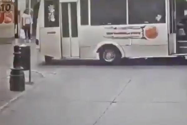 autobus atropella dos mujeres puebla
