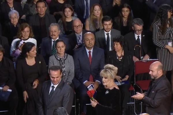 Claudia Sheinbaum en el homenaje a José José. Foto: Especial