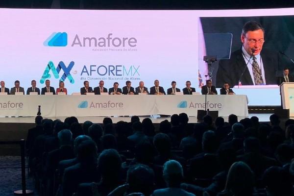 Se llevó a cabo la Cuarta Convención Nacional de Afores. Foto: Twitter@CONSAR_mx