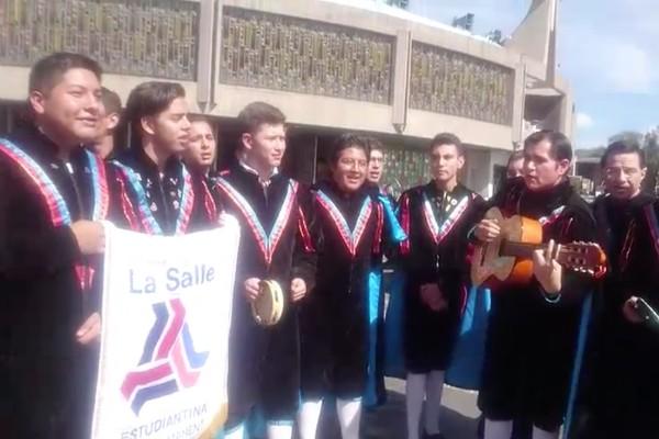 estudiantina_salle_jose_jose_homenaje